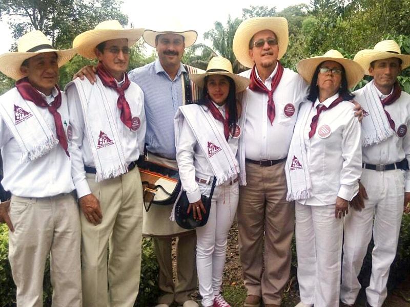 コロンビアコーヒーの産地、トリマ(Tolima)伝統衣装